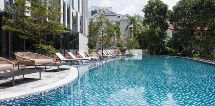 novotel-swimming-pool-2